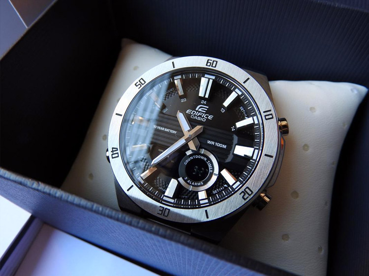 Casio Edifice ERA-110D-1A