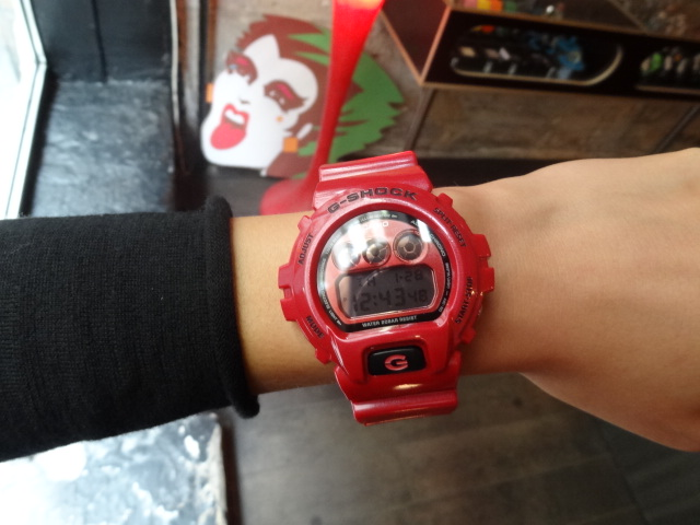 G-SHOCK DW-6900MF-4E