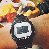 G-SHOCK DW-5600MT-1E